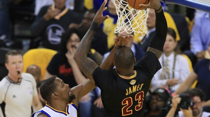 lebron-james-kevin-durant-dunk1770191471.jpg